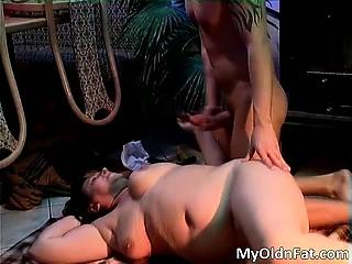 Sexy brunette MILF gets..