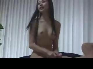 Delicious amateur Filipina..